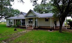 2802 County Road 291, East Bernard, TX 77435