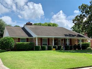 4911 Live Oak, Dickinson TX 77539