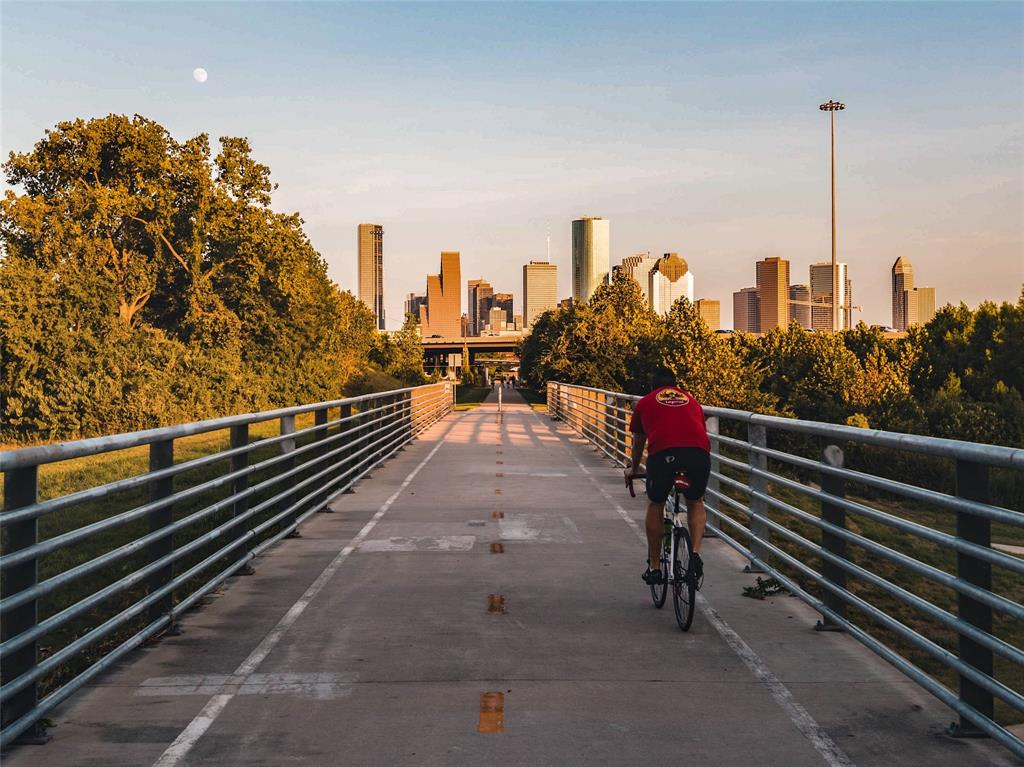Downtown and the hike/bike trail are just a short commute way.
