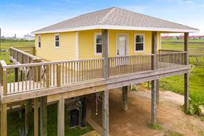 715 Caisson Street, Surfside Beach, TX 77541
