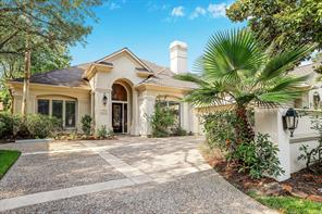 6 Aberdeen Crossing Place, The Woodlands, TX 77381