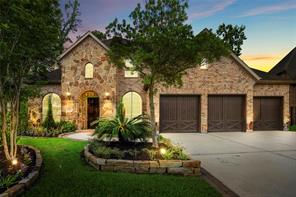 51 N Shimmering Aspen Circle, The Woodlands, TX 77389