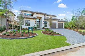 39 Johnathan Landing Court, The Woodlands, TX 77389