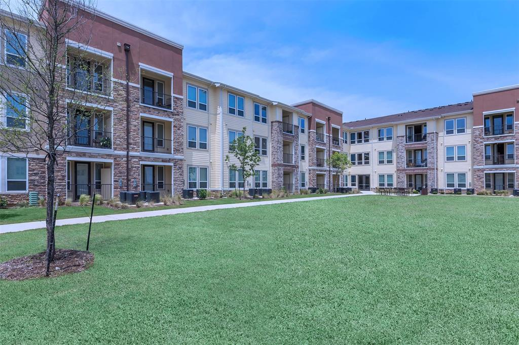 2401 Golden Heights Road, Fort Worth, TX 76177