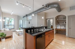 Lofts On Post Oak