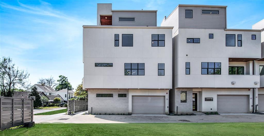 817 W 17th Street, Houston, Texas 77008, 3 Bedrooms Bedrooms, 7 Rooms Rooms,3 BathroomsBathrooms,Rental,For Rent,W 17th,50476682