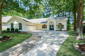 3322 Lake Island Drive, Montgomery, TX 77356