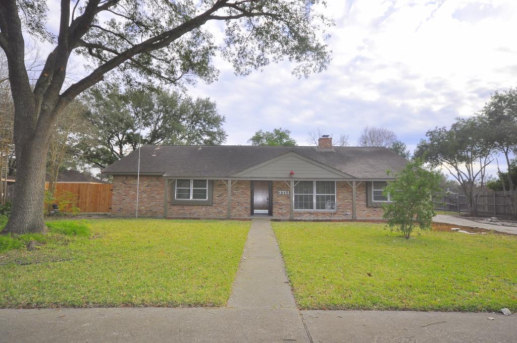 7711 Dashwood Drive, Houston, Texas 77036, 4 Bedrooms Bedrooms, 9 Rooms Rooms,2 BathroomsBathrooms,Rental,For Rent,Dashwood,28039140