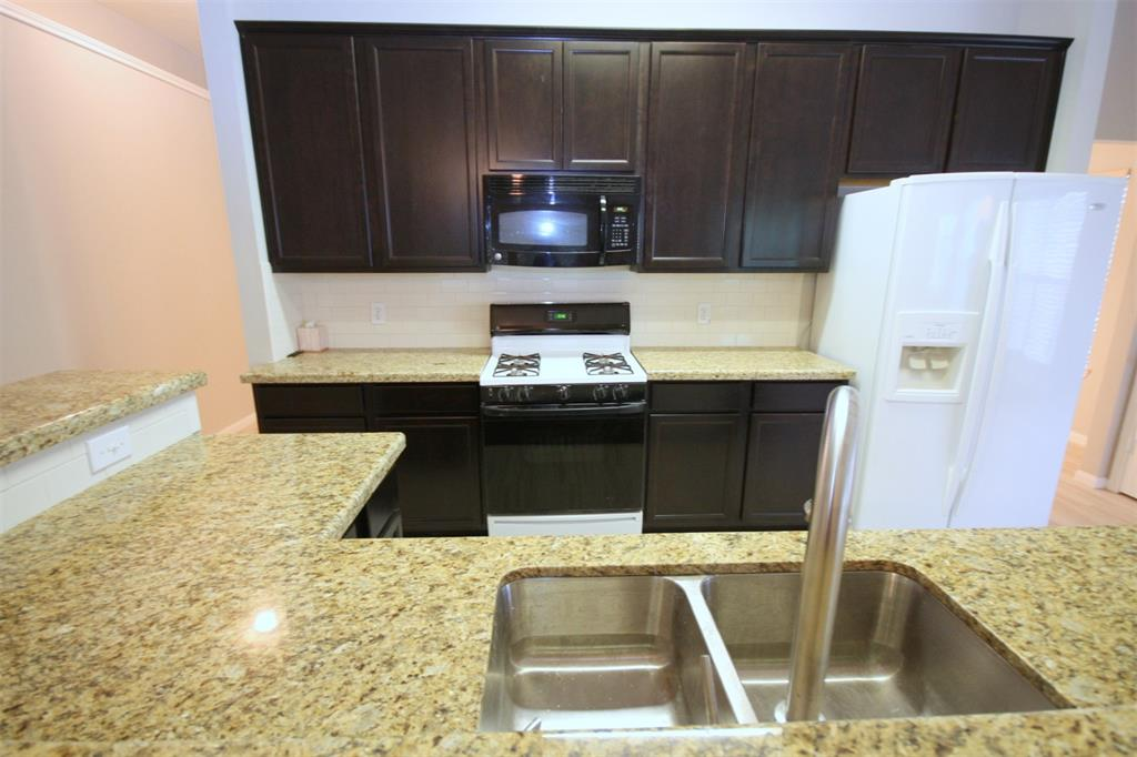 9811 Trailing Moss Drive, Houston, Texas 77064, 3 Bedrooms Bedrooms, 9 Rooms Rooms,2 BathroomsBathrooms,Rental,For Rent,Trailing Moss,35400283