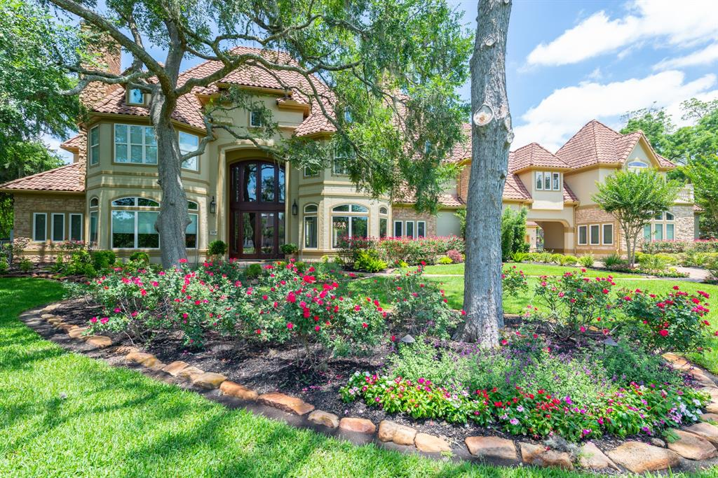 Located behind the manned gates of Weston Lakes is this exquisite custom designed home located in the Estate Section. Built w/ the upmost quality, this custom home is masterfully proportioned for entertaining. Gourmet kitchen, grand master retreat w/ fireplace & coffee bar, 5/6 bedrooms/6 bath/2 half bath, library, 2 laundry rooms, 3 fireplaces, 3 staircases, elevator, 4 car garage & tons of storage. Custom Pool w/ lush yard & cabana/outdoor kitchen w/full bathroom nearby. Impeccably maintained by the original owners. Family living & an entertainers dream! Priced well below appraised value. This amazing layout provides plenty of room for social distancing, home schooling and relaxation. This exquisite home is located in the #1 rated fastest growing & safest city in Texas. You'll find comfort in calling Fulshear home!
