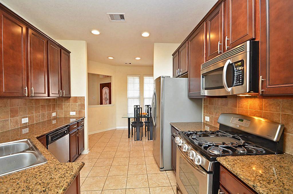 1307 Glenwood Canyon Lane, Houston, Texas 77077, 3 Bedrooms Bedrooms, 7 Rooms Rooms,2 BathroomsBathrooms,Rental,For Rent,Glenwood Canyon,77091127