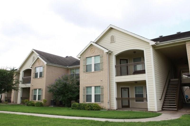 1505 E Corral Avenue, Kingsville, TX 78363