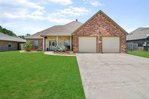 4 Texian, Angleton, TX, 77515