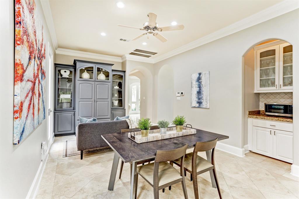 6004 Burgoyne Road, Houston, Texas 77057, 4 Bedrooms Bedrooms, 8 Rooms Rooms,4 BathroomsBathrooms,Single-family,For Sale,Burgoyne,10176023