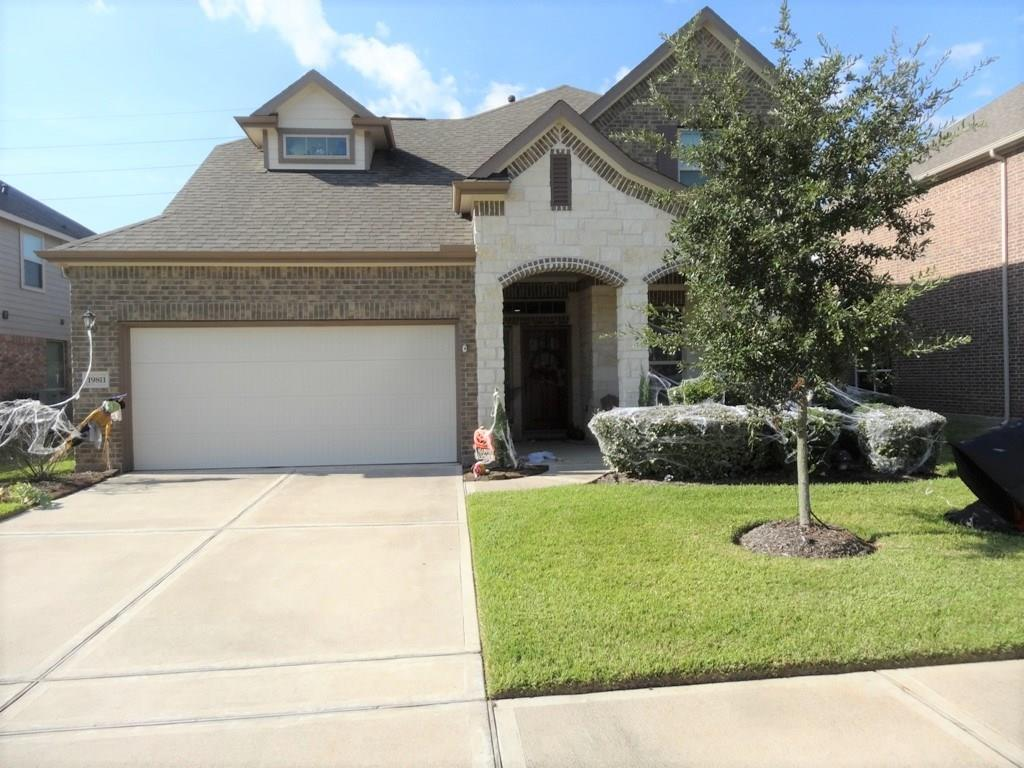 Beautiful 4 bedroom home, zoned for well regarded Klein ISD. Ideally located all the amenities of the area within an easy distance. Great floor plan with granite counter tops, open living areas, and spacious rooms. Come see your new home today!