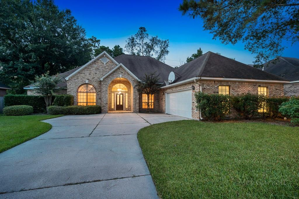 Beautiful 3/4 bedroom, 3 FULL Bathrooms, private secluded wooded lot. Frieze carpet, wall of windows, tile flooring, open floor plan, study (which includes a closet, could be used as a 4th bedroom), 10 ft ceilings, lots of built-ins, 5 burner gas cook top, interior brick, custom cabinetry, covered patio, Plantation shutters, sprinkler system, gas logs. AMAZING LOCATION!! Within minutes of I-45, Hardy Toll, Grand Pkwy in a custom home neighborhood. Very nice with great personality!! Listing agent is the landlord.