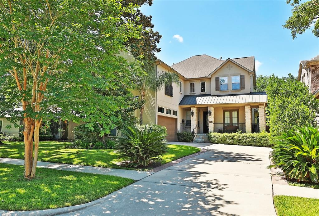 OPEN SUNDAY 2 to 4! Please wear a mask: Dramatic design in this very well maintained and very well located Bellaire home inside the Loop, half a block walk to Horn Elem. Take a look through with the Virtual Tour! Great flow for entertaining. Primary bedroom and Study downstairs. Side entry garage with mud room into house. Large Kitchen open to Family Room with 20 foot high boxed panel ceiling. SEE the attached Floor Plan. Spacious Morning Room connects to the covered back porch and pool-sized yard. Upstairs game Room, media/flex room, 3 bedrooms plus built-in study area. Lot is 135 feet deep. Original owners- impeccably kept. No previous flooding to the house.