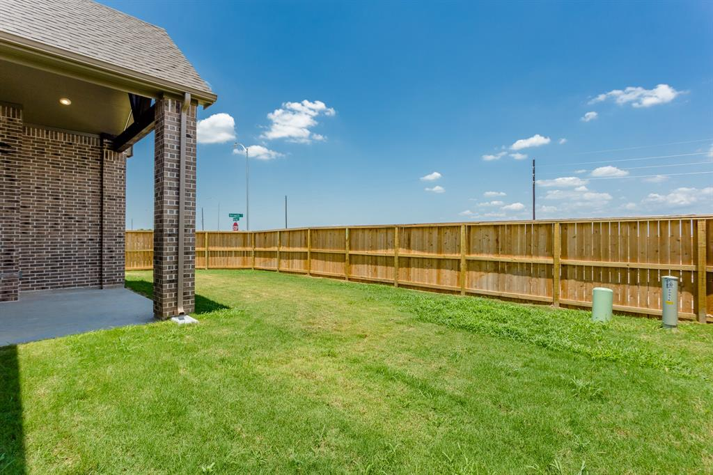 20814 Mirror Point Drive, Cypress, Texas 77433, 5 Bedrooms Bedrooms, 12 Rooms Rooms,4 BathroomsBathrooms,Single-family,For Sale,Mirror Point,12039886