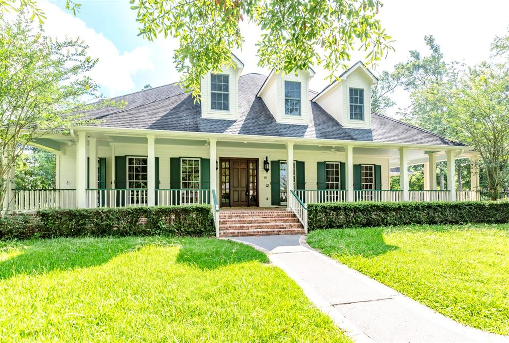 10 Oakleigh Boulevard, Beaumont, Texas 77706, 6 Bedrooms Bedrooms, 14 Rooms Rooms,3 BathroomsBathrooms,Single-family,For Sale,Oakleigh,55580123