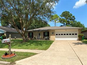 76 Ranch House, Angleton, TX, 77515