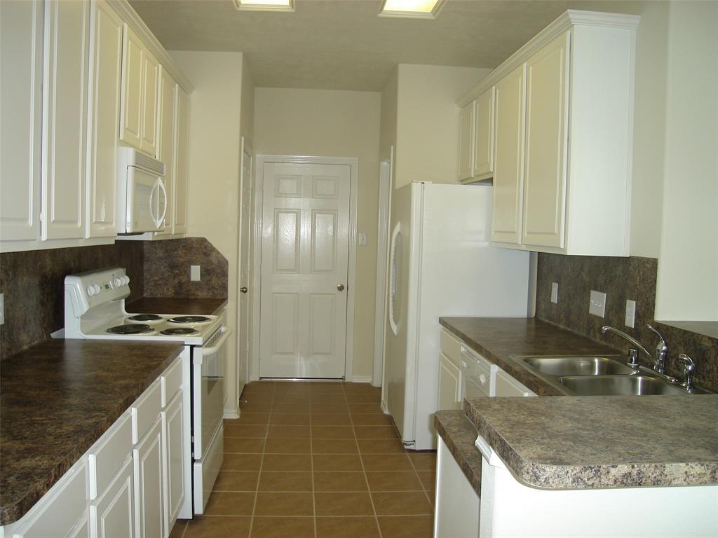 14434 Fairbuff Lane, Houston, Texas 77014, 3 Bedrooms Bedrooms, 8 Rooms Rooms,2 BathroomsBathrooms,Rental,For Rent,Fairbuff,46361991