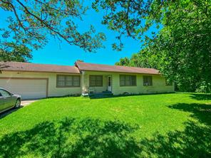 218 County Road 2152, Cleveland, TX 77327