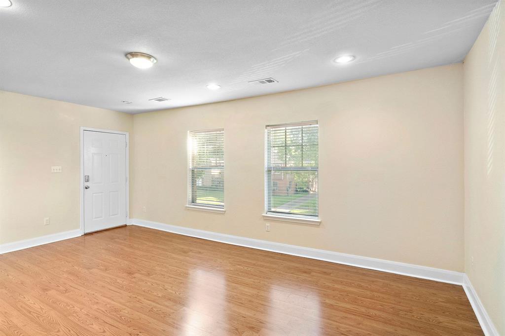 3416 Rosedale Street, Houston, Texas 77004, 3 Bedrooms Bedrooms, 3 Rooms Rooms,2 BathroomsBathrooms,Rental,For Rent,Rosedale,92130605