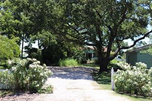 123 Bayridge Road, Morgan's Point, TX 77571