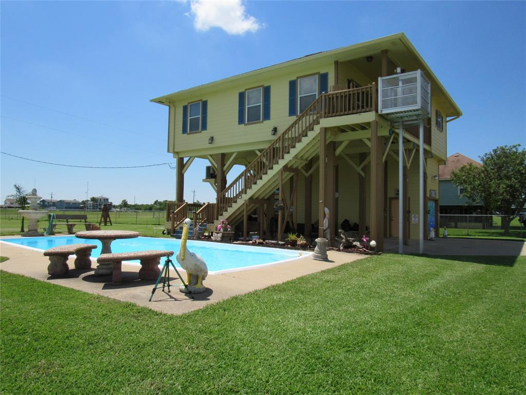 306 White Heron Drive, Smith Point, TX 77514