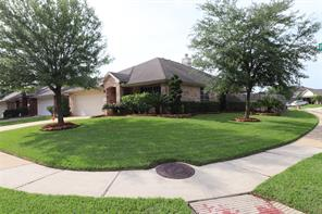 11826 Piney Bend Drive, Tomball, TX 77375