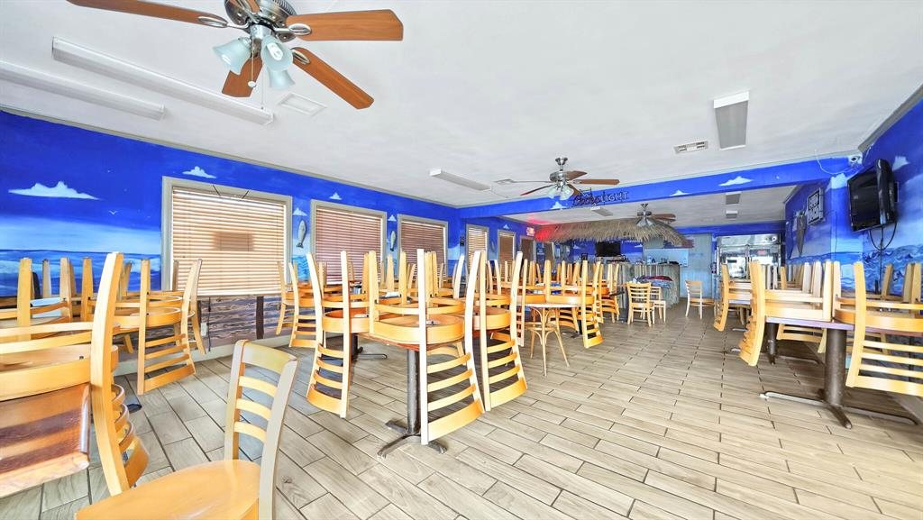 Bayside Seafood Restautant at prime location on the corner lot by SH-35 state highway and main attractions of Palacios city. Sale includes restaurant, the lot and restaurant equipments. Recently remodelled in 2019. Spacious dining room with private party room and a bar counter with enchanting Luau decor perfect for entertainment. Restaurant has 2 large cooking stations, 2 office rooms and extra storage. Walk-in cooler. Large oil and gas company is expanding in the community, gated community Beachside is growing nearby and the city attracts many tourists, which is great opportunity for restaurant business.