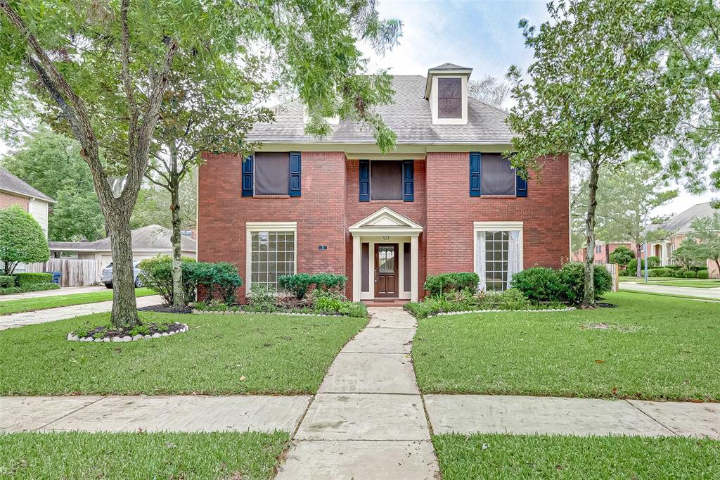 9 Regents Park, Sugar Land, Texas 77479, 4 Bedrooms Bedrooms, 7 Rooms Rooms,2 BathroomsBathrooms,Rental,For Rent,Regents,54171785