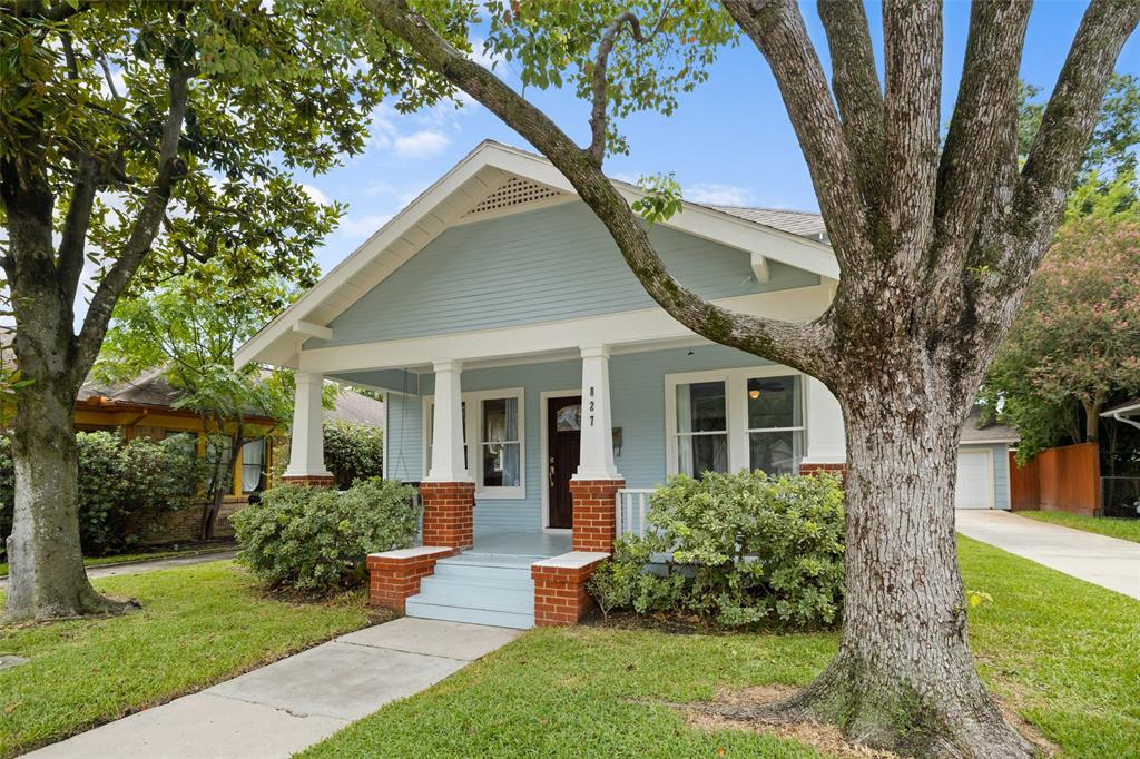 Classic renovated bungalow located just blocks away from restaurants and parks.