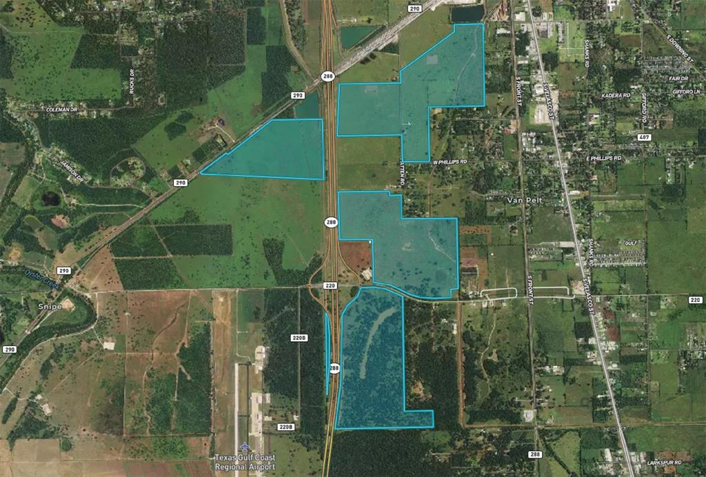 Investor Special!! 4 tracts consisting of +/- 894 acres located in Angleton's ETJ. Don't miss this opportunity to buy around 900 acres of prime, ready to be developed land in the growing Angleton market. Their is new activity in Angleton and Southern Brazoria County and this property is situated in an ideal location to capitalize on this growth. Listing includes +/- 232 acres on the north-east corner and +/- 249 acres on the south-east corner of SH 288 and CR 220 as well as +/- 276 acres next to the Union Pacific rail yard and +/- 137 acres along CR 290 and SH 288. Properties have single-family residential, mixed use retail, medical, office and light industrial potential. Seller would consider individual sales of each of the 4 tracts.