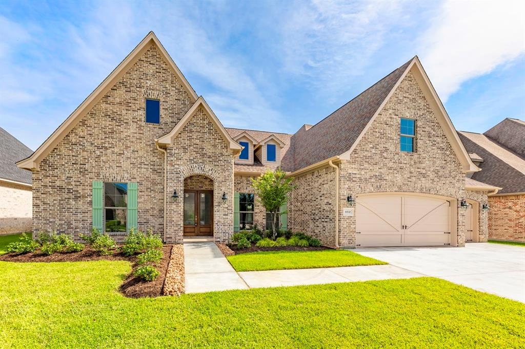 This unique custom built home has upgrades and high end finishes throughout. This open floor plan offers so much space plus has an additional 508 sq ft of unfinished space for a bonus room or 5th bedroom and bathroom. Retreat to the master suite that offers a walk thru shower, double vanities, & custom dressing area.