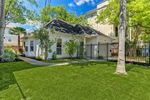 207 Birdsall Street, Houston, TX 77007