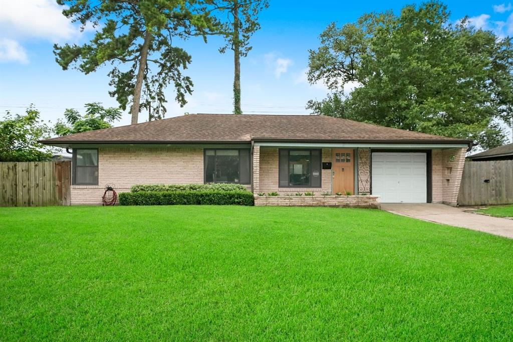 3907 Gardendale Drive sits on a 8,140 square foot lot (per HCAD)