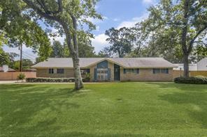 120 Lone Oak Drive, Highlands, TX 77562