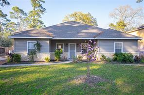 605 Orangewood Drive, Conroe, TX 77302