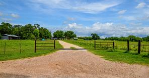 2666 County Road 247, Moulton, TX 77975