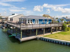 4313 Karankawa Way, Jamaica Beach, TX 77554