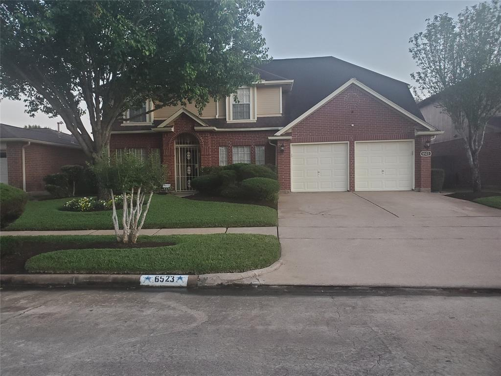 Charming home with Inviting curb appeal, established subdivision in Prime location within Minutes to Medical Center, Galleria, NRG and Downtown/Midtown. Features Include Excellent  detail with crown molding to Hardwood floors throughout. Covered Patio, Fireplace,  Jacuzzi, built-in sprinkle system, home is wired for sound and comes complete with security monitoring and camera's on three sides. Home Includes Primary Bedroom on 1st floor with sitting area and Ensuite bathroom. Primary Bedroom has 10x8 office/flex room off suite with French doors. Reminder of bedrooms are upstairs with game room flex room as well. This home is a must see, wont last long.