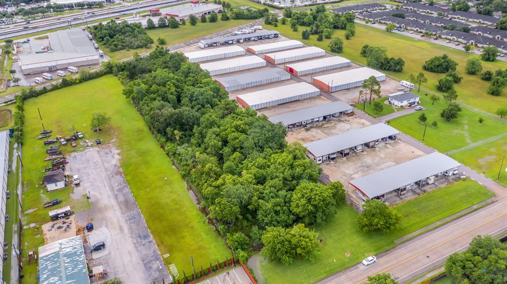 Great location, 4.23 Acres of raw land and great commercial property near I-45.  Quick access to major freeways.  Add this to your investment portfolio.  Great opportunity.  Make an offer Seller's are motivated.  Call, text, or email agent.  Please see survey in photos.  Please independently verify dimensions.