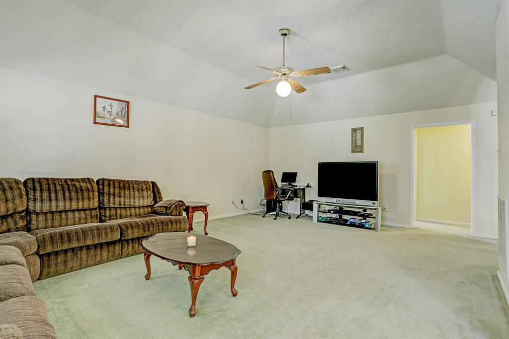 Second family room.