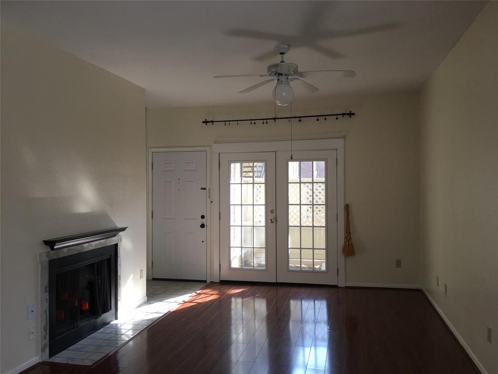 8055 Cambridge Street, Houston, Texas 77054, 2 Bedrooms Bedrooms, 4 Rooms Rooms,2 BathroomsBathrooms,Rental,For Rent,Cambridge,60712284