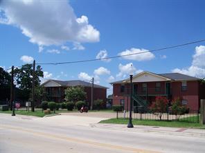 4100 College Main, Bryan TX 77801