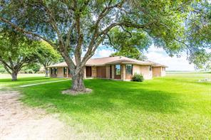1542 Fm 1300 Road, El Campo, TX 77437