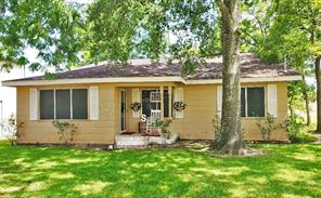 503 S 17th Street, West Columbia, TX 77486
