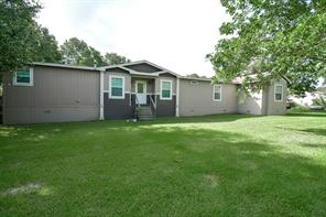 1023 Woodward County Rd 264u, Damon, TX 77430