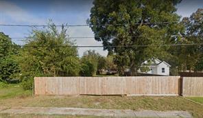794 Green Meadow Lane, Houston, TX 77091